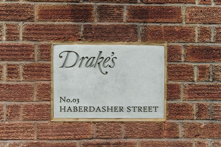 Drake's sign on Haberdasher street
