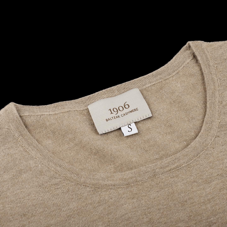 1906 Baltzar Brown Crew Neck T-shirt Collar