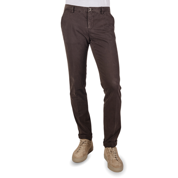 Mason's Brown Milano Washed Cotton Chinos Front