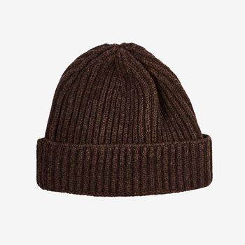 William Lockie Hickory Brown Geelong Lambswool Ribbed Beanie Feature