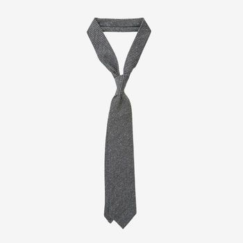 Amanda Christens Grey Woven Silk Wool Tie Feature